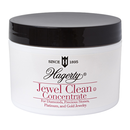 Jewel Clean Concentrate: The perfect travel jewelry cleaner! Contains one concentrated packet—just add water.